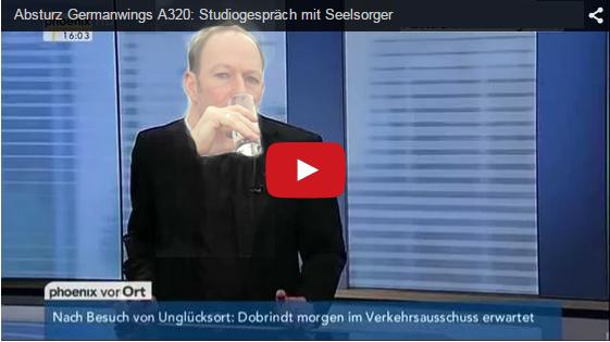 """Darf Satire das? (c) Phoenix und """"Das blaue Sofa, CCBY2.0"""" [Montage: Falk Steiner]"""